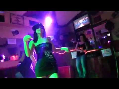 Gaby dansando borboleta al vox disco karaoke turin