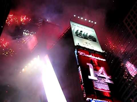 New Years 2010 @ Times Square.AVI