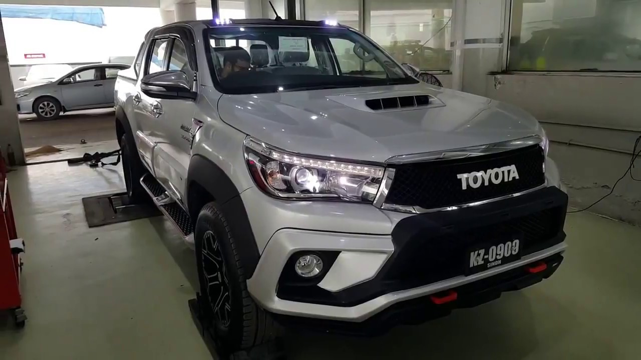 Toyota Hilux TRD Spirit - YouTube