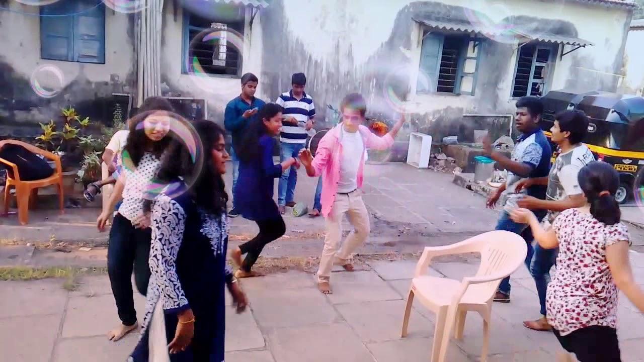 College students garba dance parfarmence  with english music