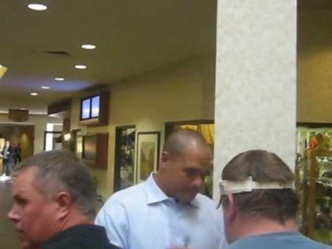 Olin Kreutz Signing Autographs New Orleans Saints 2011