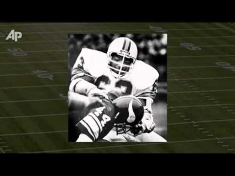 Hall of Fame Defensive End Lee Roy Selmon Dies