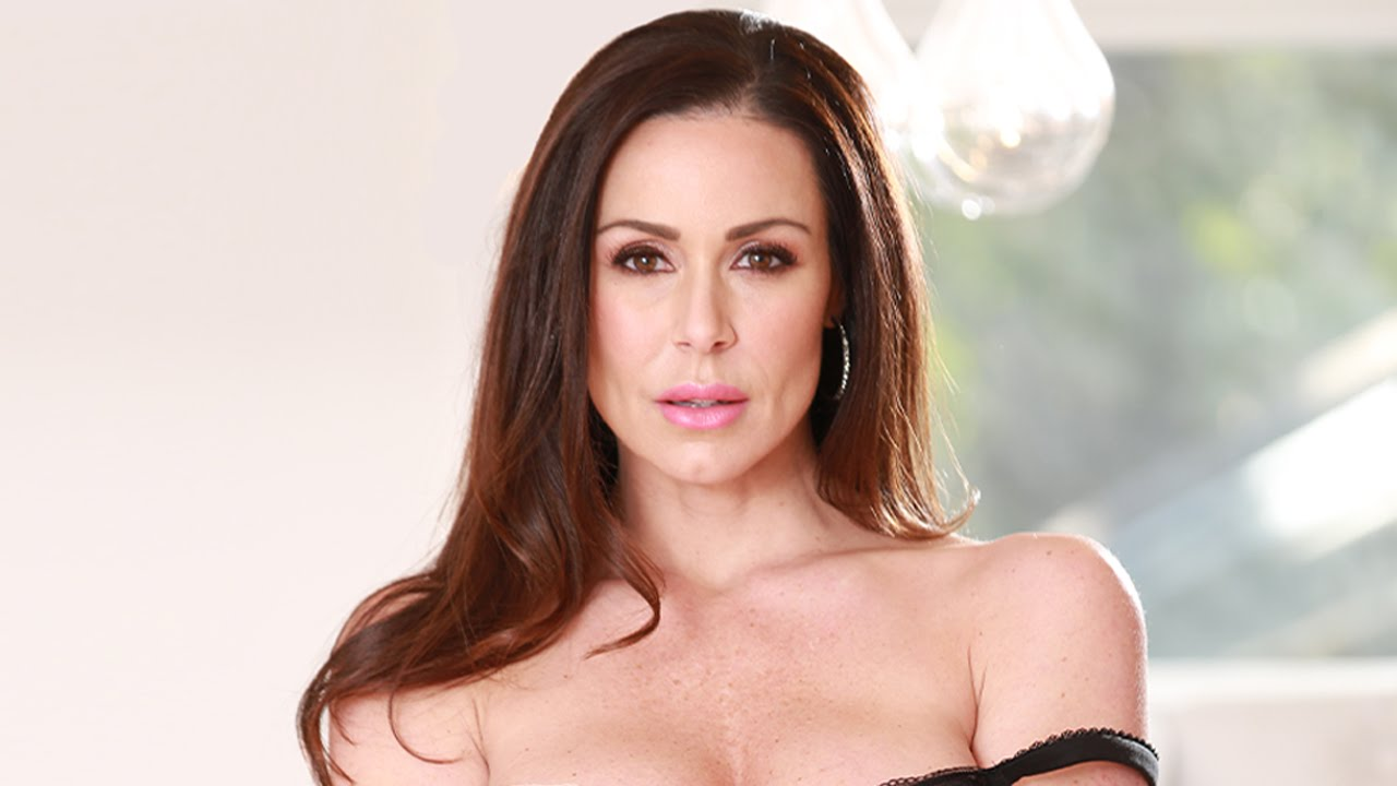 Behind-The-Scenes with Kendra Lust
