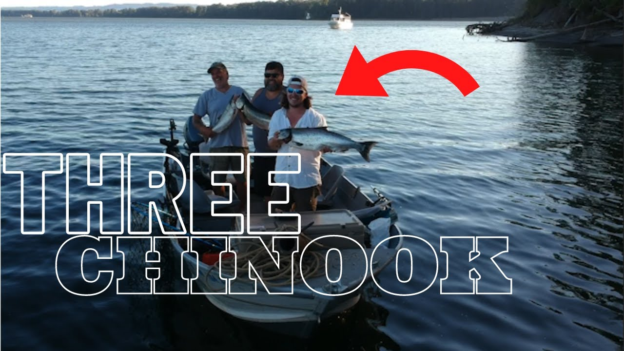 We ALL Get CHINOOK * PEELING 100 Feet Of Line TWICE* | Columbia River Anchor Fishing|