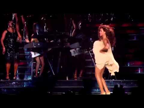 """Beyonce - """"Chicken Dance"""" On LIVE Show  (Funny Video)"""