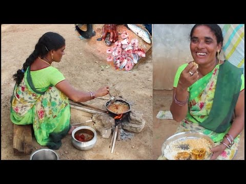 World Tastiest Murrel Fish Curry Recipe   How to Cook Fish Curry Village Style