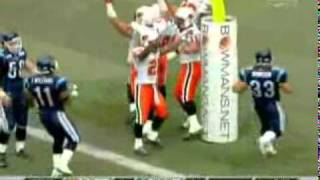 2007 - Barron Miles blocks punt