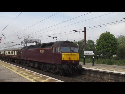 Class 47237 hauls ECS Charter Stock through Newark Northgate