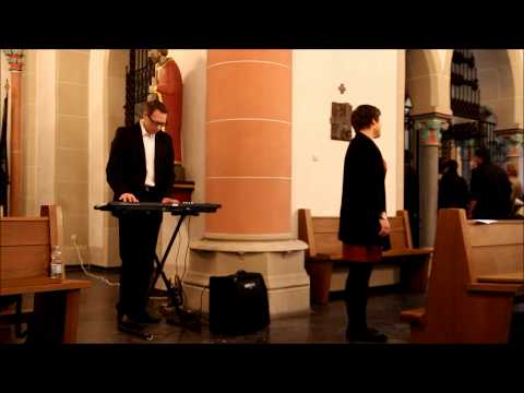 Caro singt: You'll never walk alone