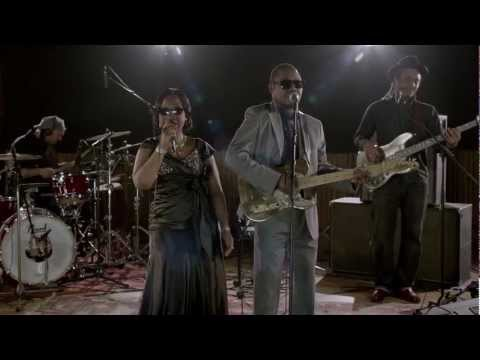 "Amadou & Mariam - ""Wily Kataso"" Live session at Studio Ferber"