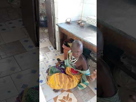 Download Anatafuta kazi mama uyu.