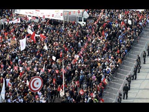 أكثر من نصف مليون موظف تونسي في إضراب عام  - 11:55-2018 / 11 / 23