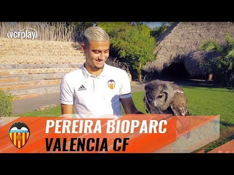 ANDREAS PEREIRA VISITS THE BIOPARC ON WORLD ANIMAL DAY