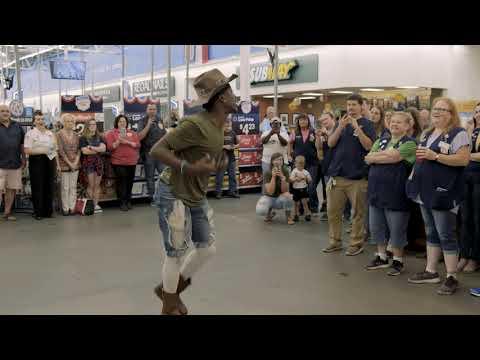 Tevin doing #gitupchallenge Walmart 1209