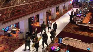 SWAT team enters Tropicana after Las Vegas Strip shooting