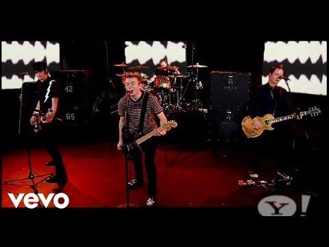 Sum 41 - Underclass Hero (Live)
