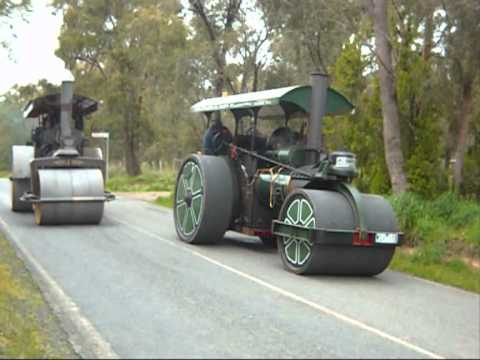 Healesville steam road run