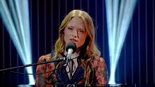 Freya Ridings performs 'Lost Without You' | The Ray D'Arcy Show Video
