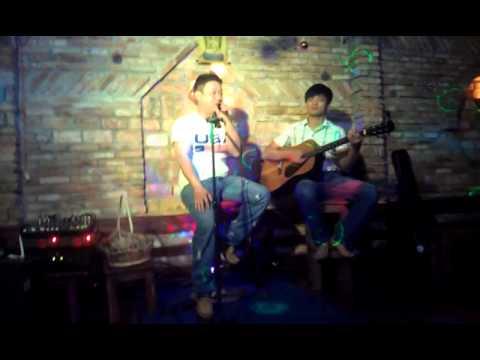 ACOUSTIC EM ƠI HÀ NỘI PHỐ - GUITAR THIỆN thành viên Band XƯA VÀ NAY