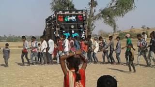 Gujarati timli  2017 (Amba daale bole koyldi ) DJ dhanraj by suraj Patel singar