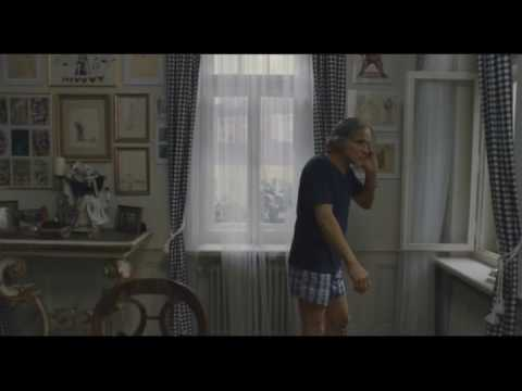 "Cinematography: 360° pan shot around the scene (movie ""Clownwise"")"