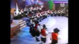 Escola de gaitas de Ortigueira Polka para PUCHO 1997