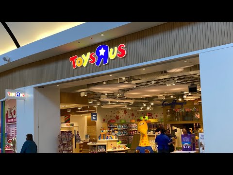 "Visiting The 1st NEW Toys""R""Us In The USA... In 2020!"