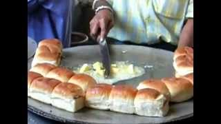 best vada pav in bandra