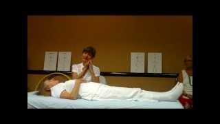 Demonstration - Healing Physical Pain with the Lightworkers Healing Method of Energy Healing