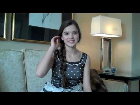 Hailee Steinfeld Interviewed by Scott Feinberg