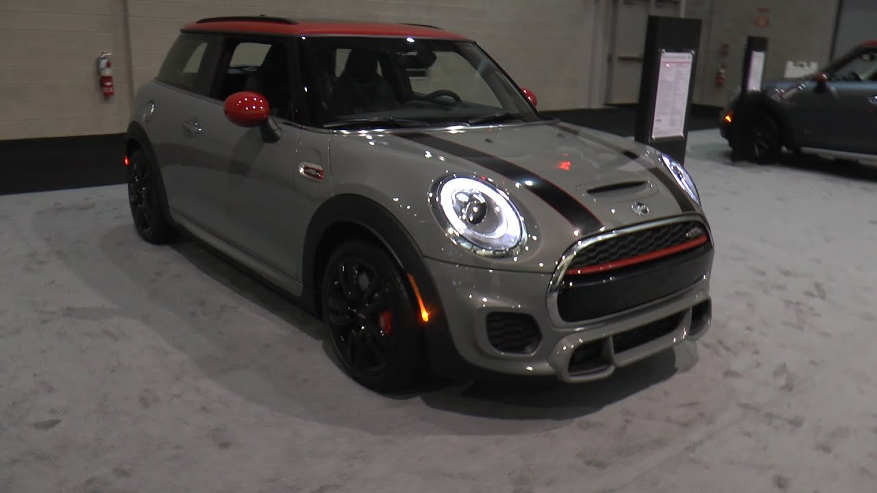 2016 mini john cooper works hardtop and mini cooper clubman new england international auto. Black Bedroom Furniture Sets. Home Design Ideas