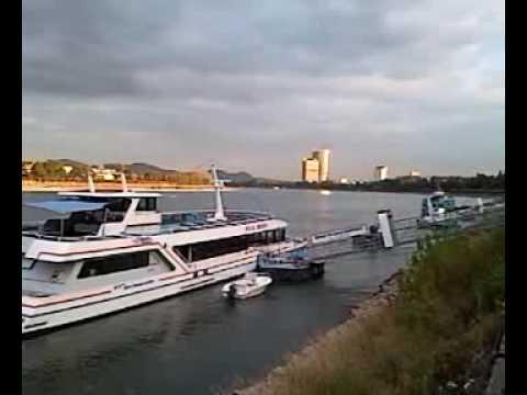 Rhein mit Samsung Galaxy i7500 gefilmt