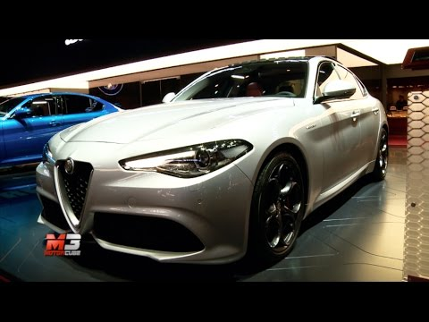 new alfa romeo giulia q4 veloce paris autoshow 2016 youtube. Black Bedroom Furniture Sets. Home Design Ideas