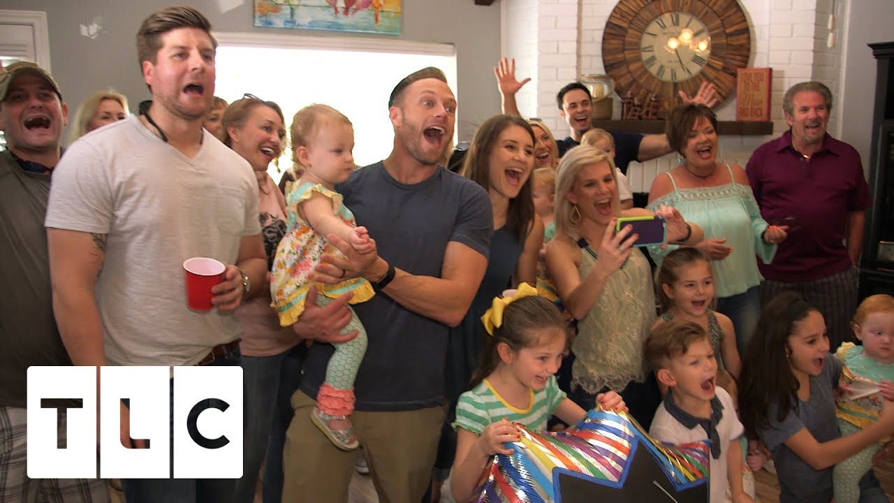 Mimi 39 s surprise party outdaughtered youtube for Where is danielle s dad on outdaughtered