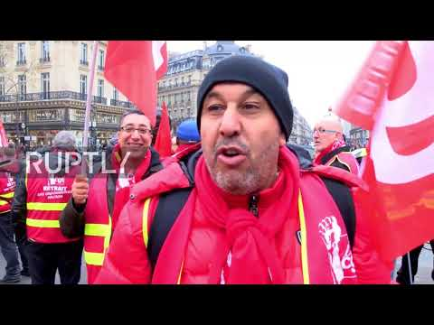 France: 'There will be total anarchy' - Hundreds decry Macron's Labour reform