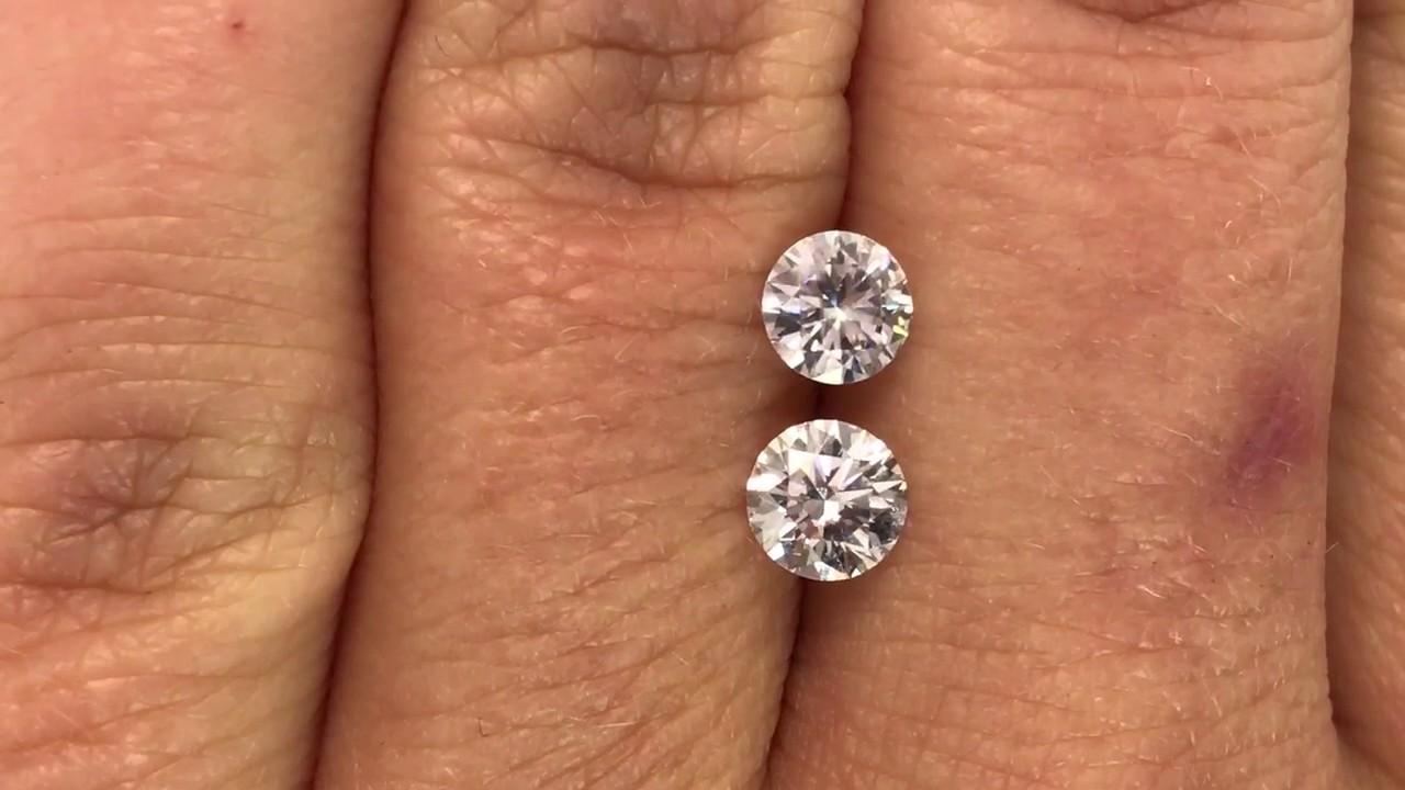 White Sapphire vs  Moissanite vs  Diamond