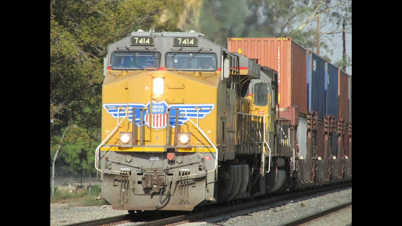 Norfolk Southern Double Set Metrolink And Union Pacific Action In