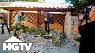 Building Brady: Demolition Begins at 'The Brady Bunch' House! - HGTV