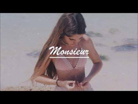 Fakear - La Lune Rousse (ft. Deva Premal)