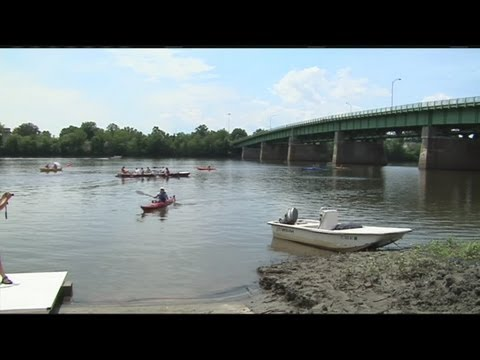 Rowing clubs in Connecticut river