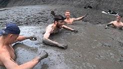 Le premier qui sort des sables mouvants a gagné