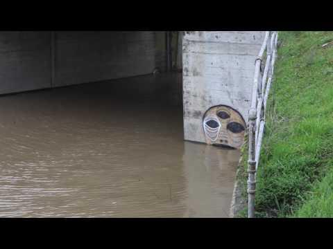 Sacramento Weir gates open first since 2006