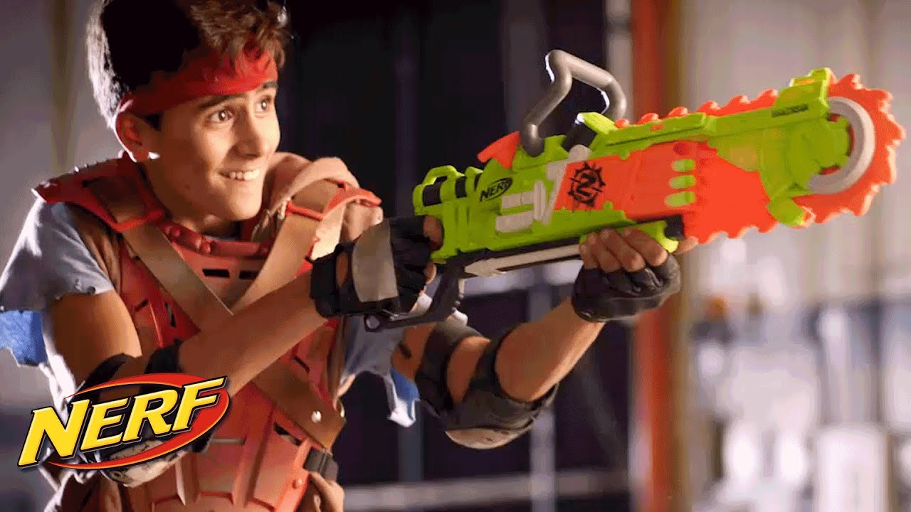 Weapons Prop Test : Nerf ZombieStrike Brainsaw [Functioning] (With .