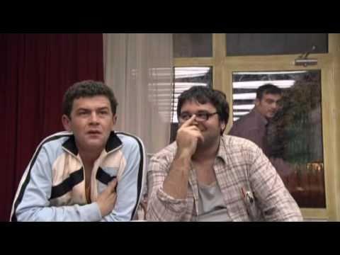 Kad Porastem Bicu Kengur Zivac & Bratislav   Evo, se nosis u picku materinu