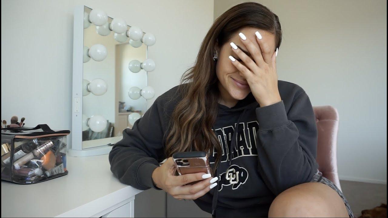 My boyfriend surprised me + Makeup Organization in my new room | Moving Vlog