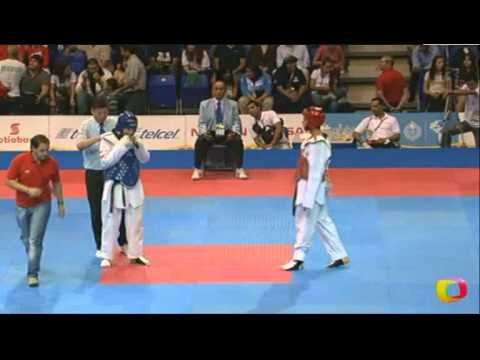 Carlos Liebig (CHI) v Carlos Vasquez (VEN)   Taekwondo at the 2011 Pan Am Games