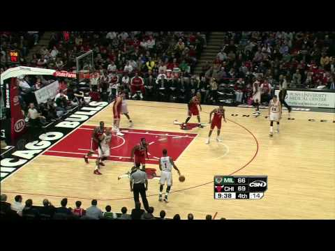 12-28-2010 - Bulls vs. Bucks - Derrick Rose Highlights
