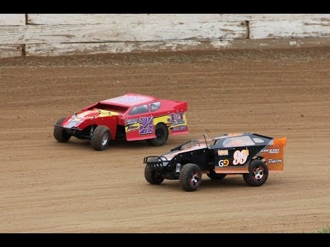 Maryville R/C Speedway Dirt Oval Racing - Show-Me Scalers