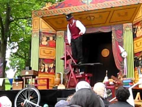 Mr Alexanders travelling show - Gladstone Park Willesden