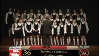 """""""Tocando em Frente"""" (Almir Satler)   MENINAS CANTORAS DE PETRÓPOLIS"""